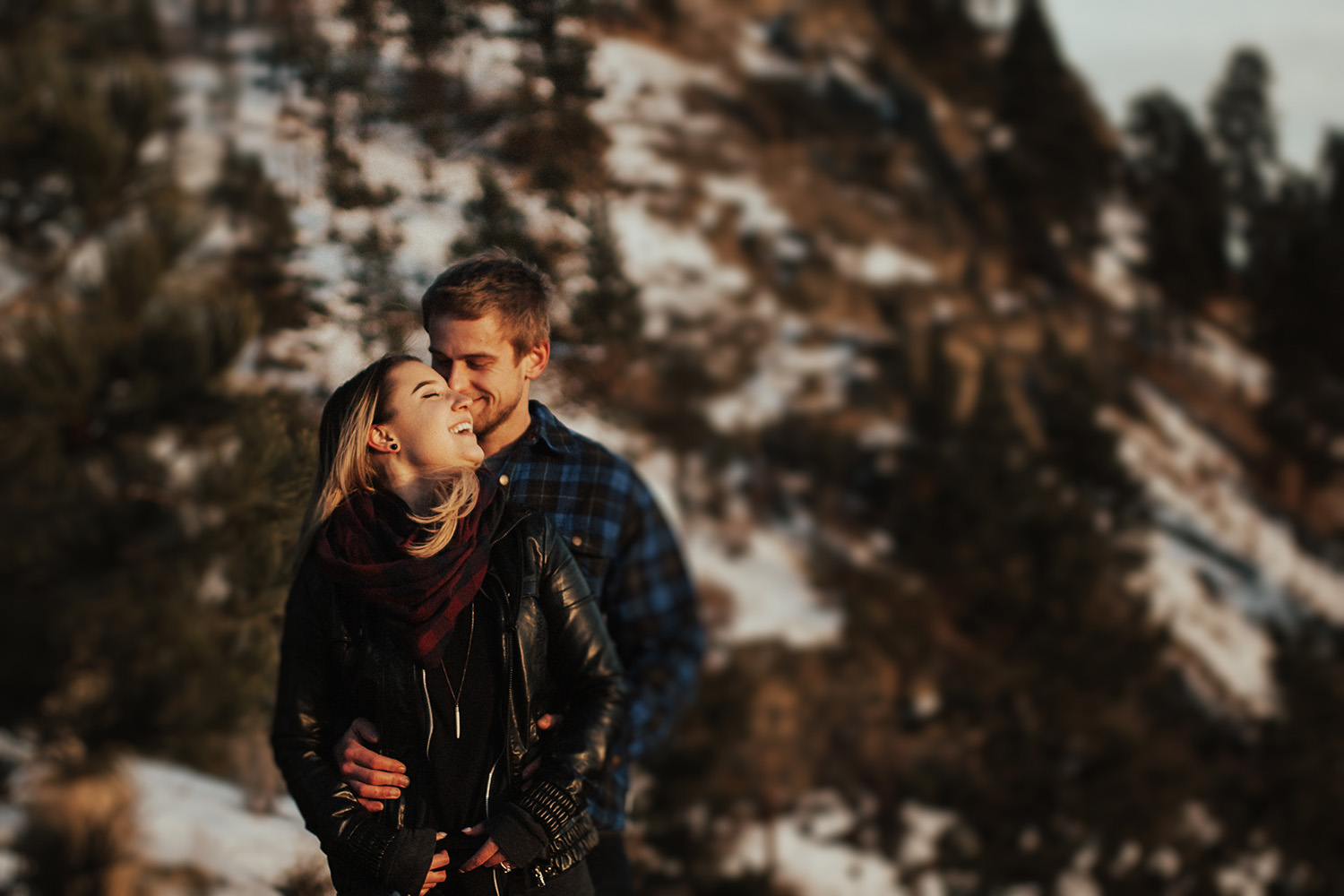 Knox Mountain Winter Engagement