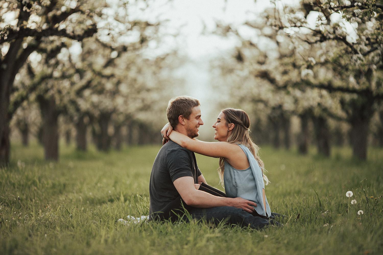 kelowna spring engagement