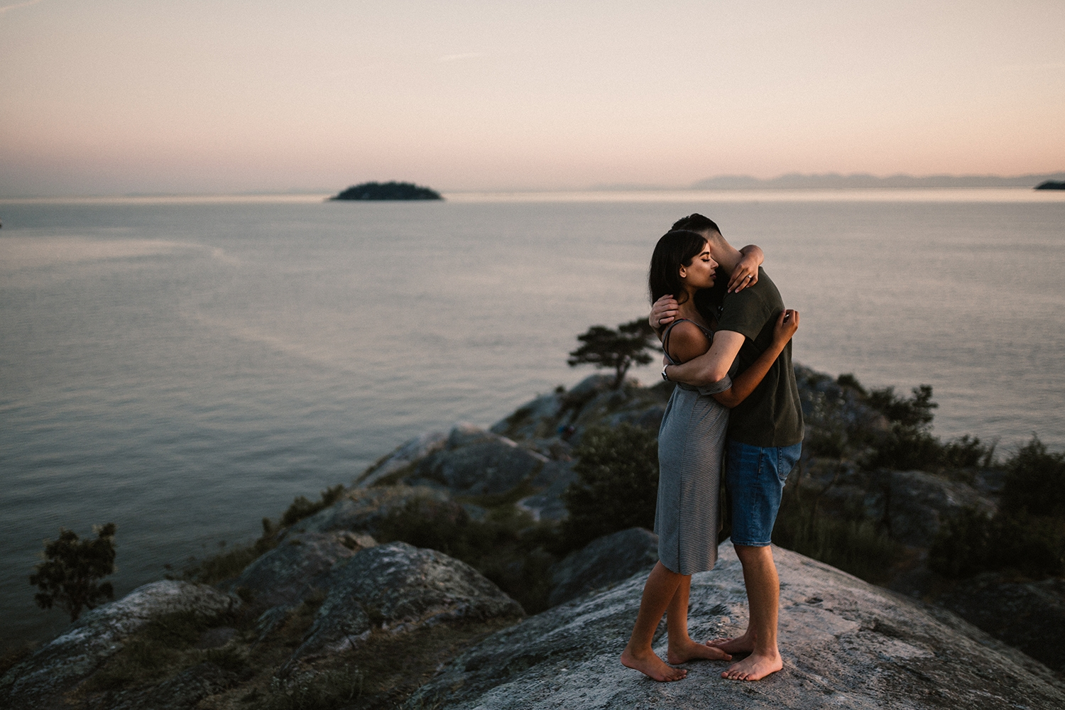 Vancouver Engagement Photographer, Whytecliff Park Engagement